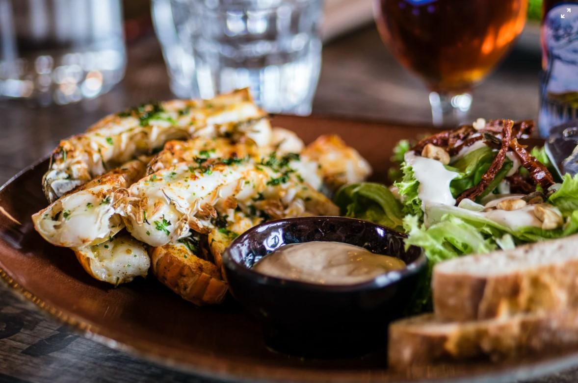 5 Panduan Memilih Makanan untuk Jasa Catering Pernikahan