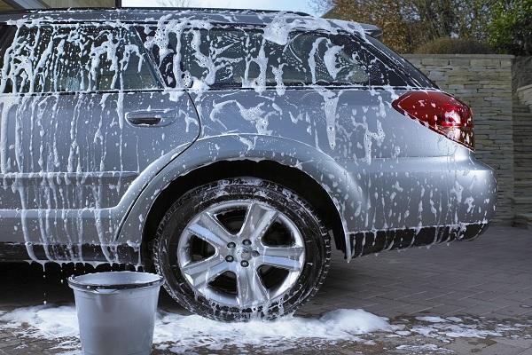 Tips mencuci mobil